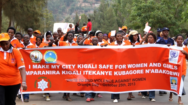 Rwandan women and men took a stand by marching 4 kilometers to raise awareness on violence against women & girls in public spaces, from the Kigali Metropolitan Police station in Muhima to Maison des Jeunes in Kimisagara.  Photo: UN Women/Sara Hakansson